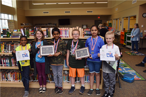 group photo of UIL academic award winners (elementary)