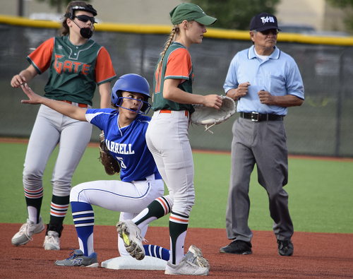 Jarrell player slides into second base.